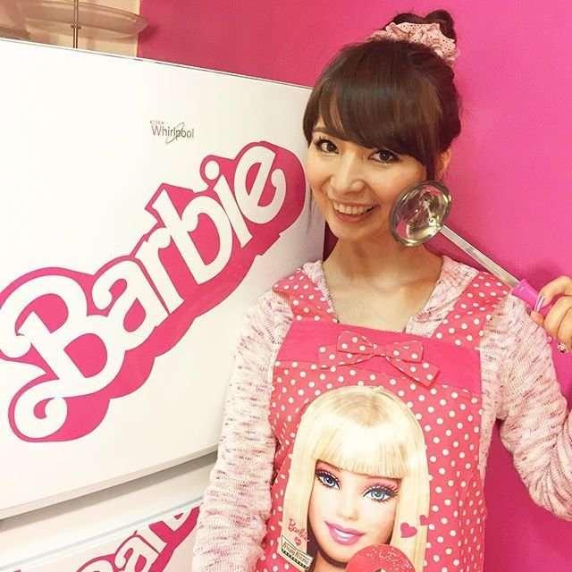 Фанатка Барби потратила $70 тысяч на кукол и аксессуары