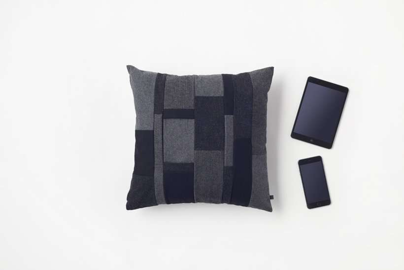 Японская подушка для гаджетов