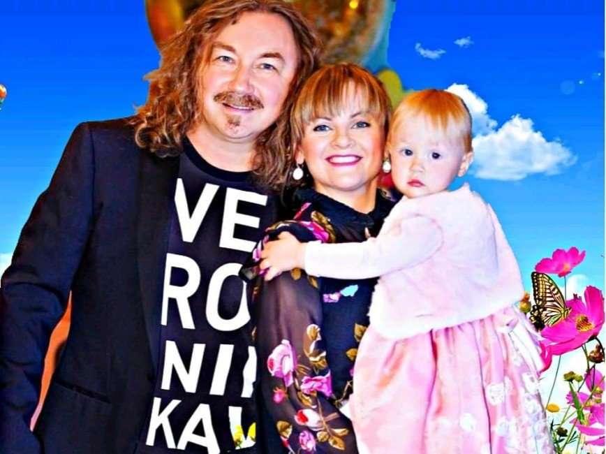 «Дождалась Никуся папу»: Игорь Николаев показал, как его встречают дома