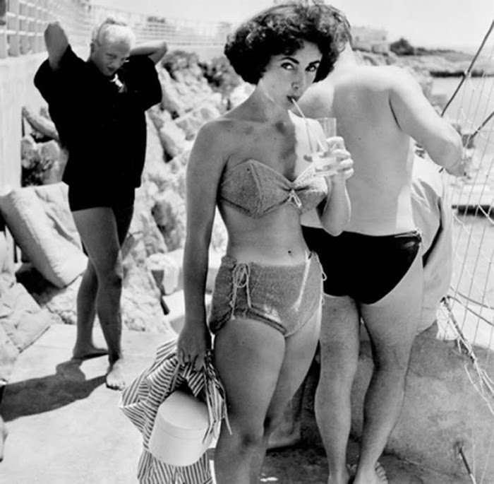 Элизабет Тейлор и ее купальники