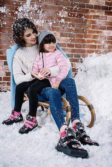 Эконика и Barbie выпустили совместную капсульную коллекцию «Мама&Дочка»
