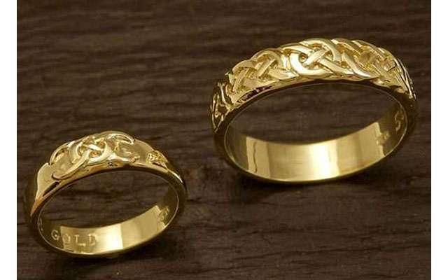 Ради обручальных колец жених добывал в горах золото