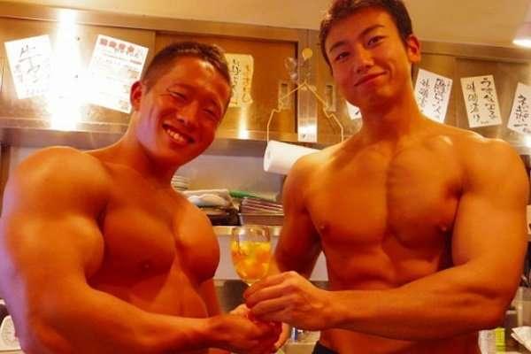 Японский ресторан для настоящих мачо
