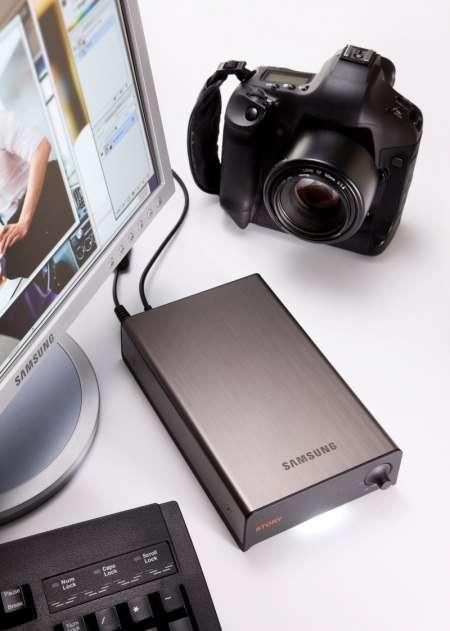 Внешний жесткий диск Samsung STORY